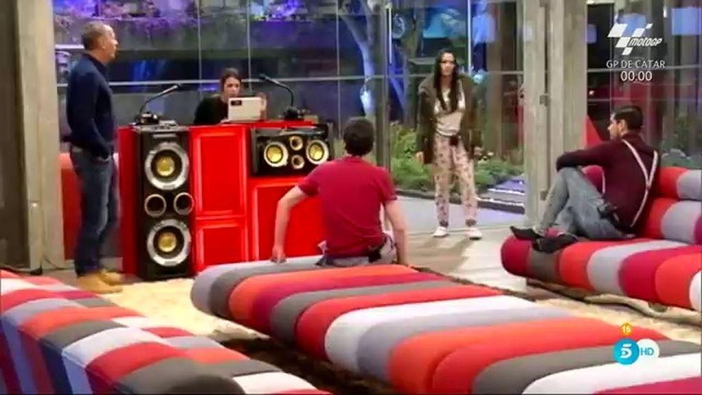 Fran, Alejandro y Carlos declaran la guerra a sus compañeros