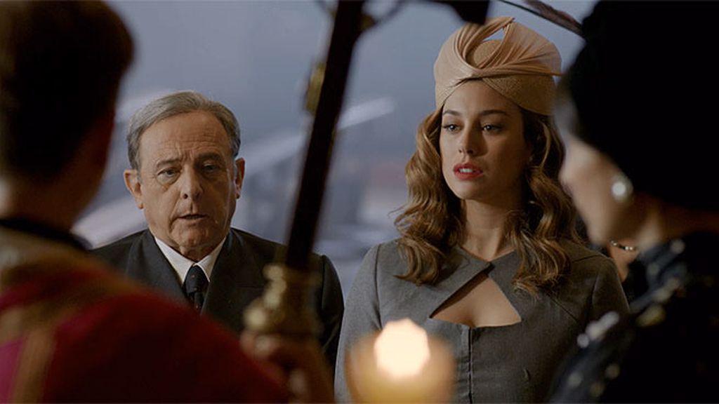 El marqués de Llanzol reconoce a Carmen Díez de Rivera como su hija