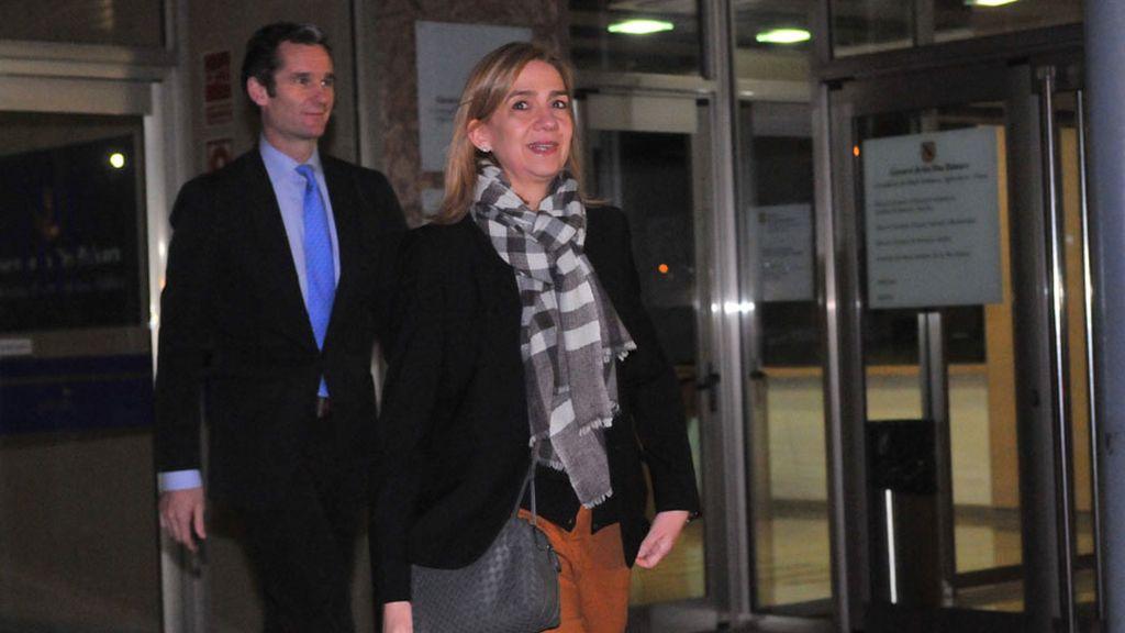 Los abogados piden la libre absolución para Iñaki Urdangarin y la infanta