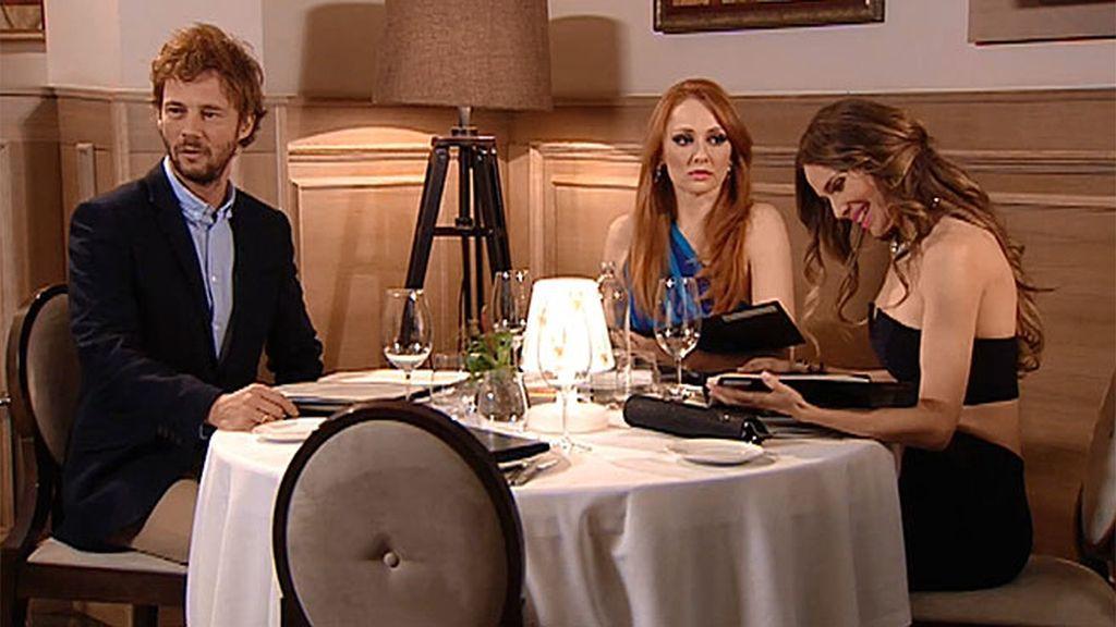 Judith pide a Raquel que vaya a cenar con Gonzalo y su amigo imaginario