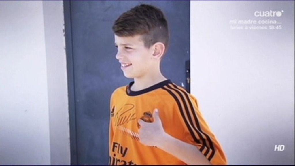 El pequeño Manolín ya tiene su camiseta firmada por Cristiano Ronaldo