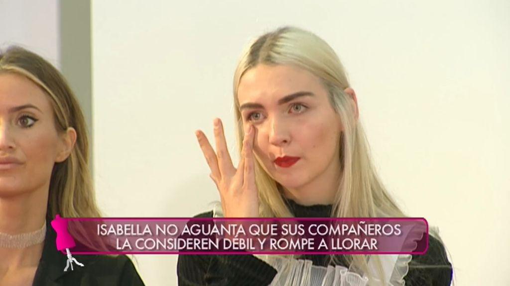 """Isabella rompe a llorar porque la consideran la más débil y """"falsa"""""""