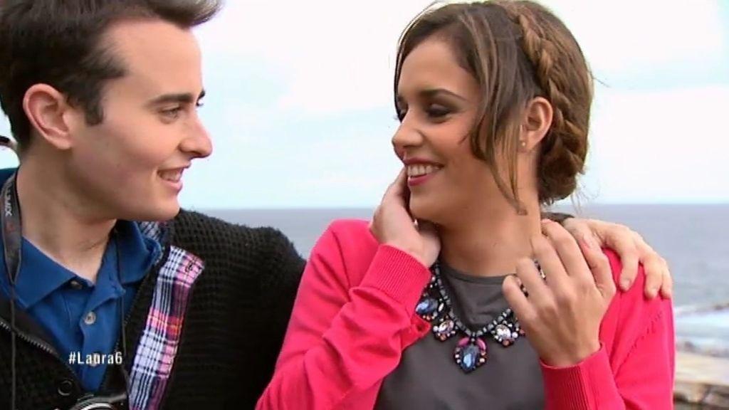 Álvaro le pide un beso a Laura tras confesarle que es fan de 'Sálvame'