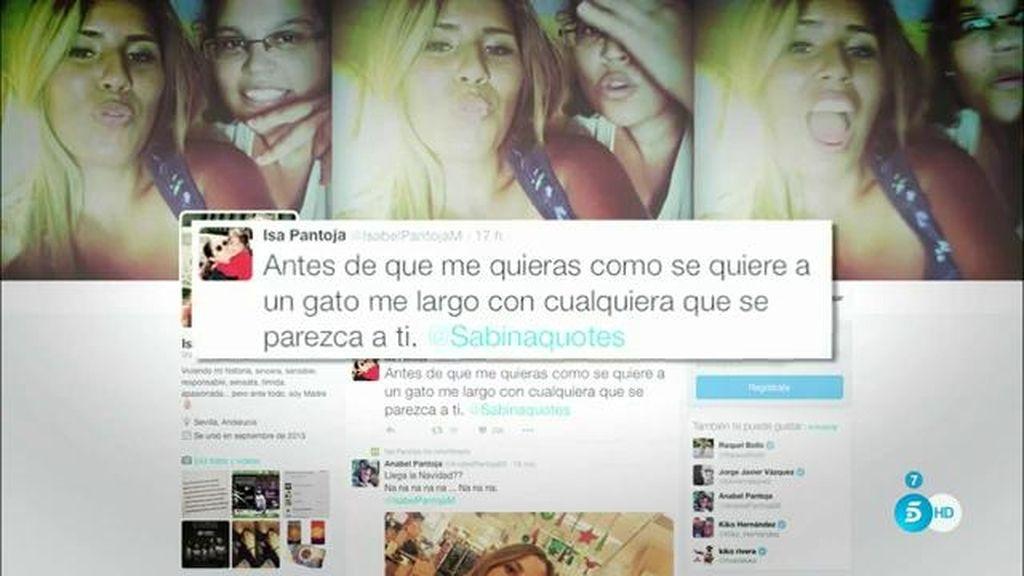 Chabelita y Alejandro Albalá intercambian mensajes a lo 'Sabina' en twitter