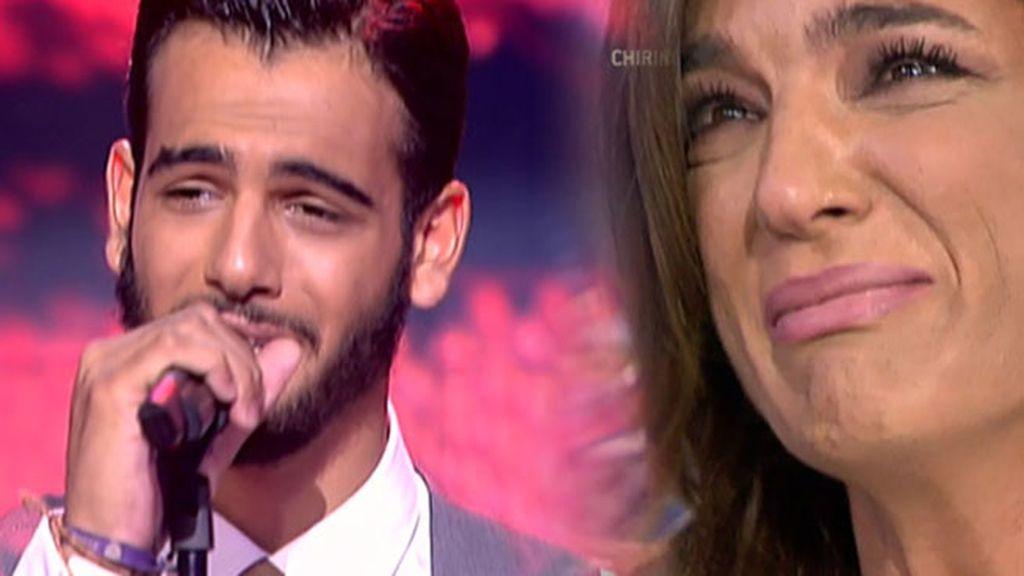 Manuel Cortés canta su nueva canción y Raquel Bollo se echa a llorar emocionada
