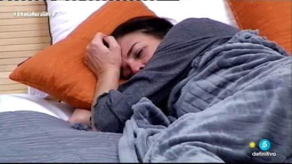 La misteriosa desaparición de Ángela... ¡y ella estaba en la cama!