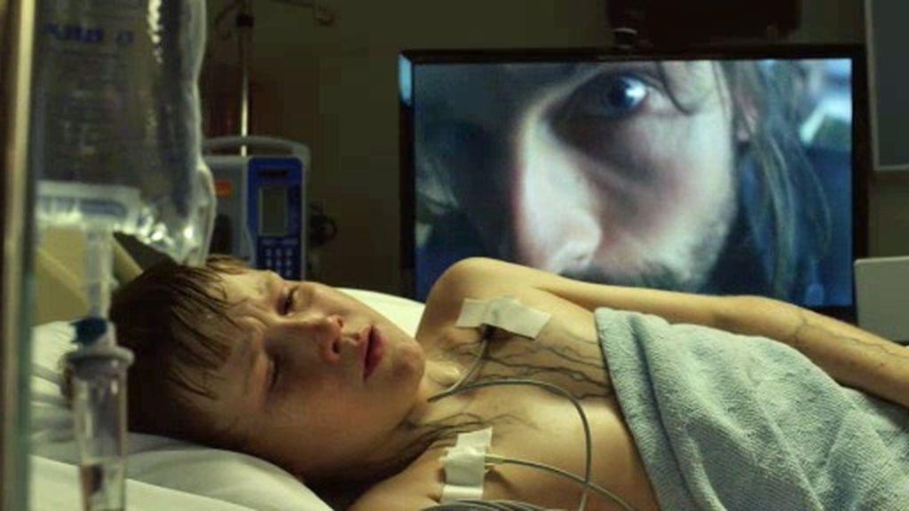 Ichabod habla un dialecto antiguo del inglés con el misterioso niño de Sleepy Hollow