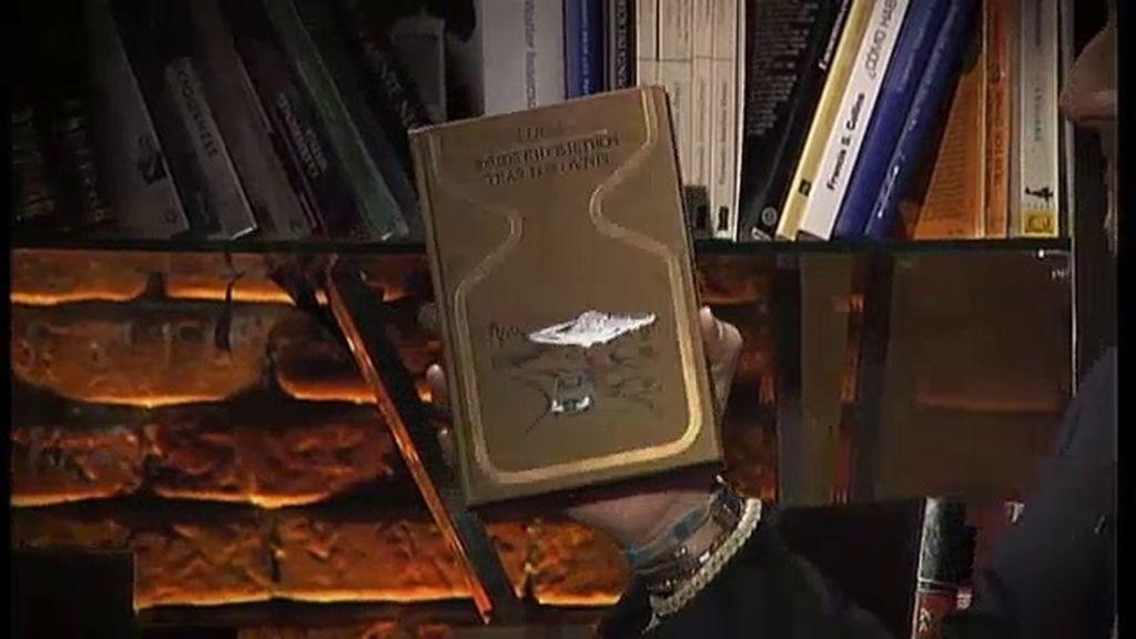 La biblioteca del Alma: '100.000 kilómetros tras los ovnis'