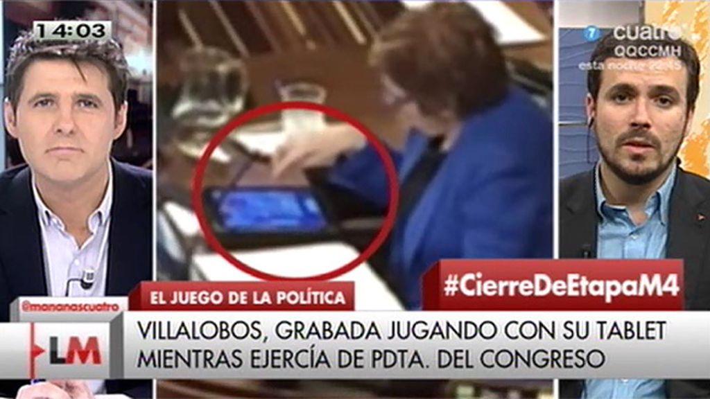 """Garzón cree """"indignante"""" que Villalobos jugara a un videojuego cuando ejercía como presidenta del Congreso"""
