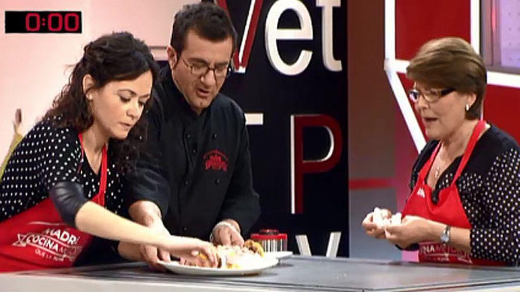 La receta de Angelita: flamenquines mar y tierra con salsa de salmorejo