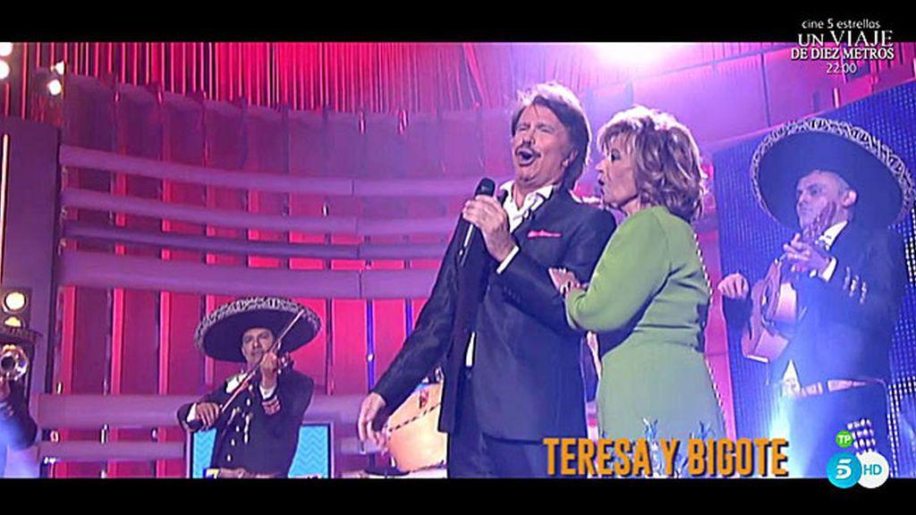 El momento más romántico: ¡Mª Teresa y Bigote cantan juntos una ranchera!