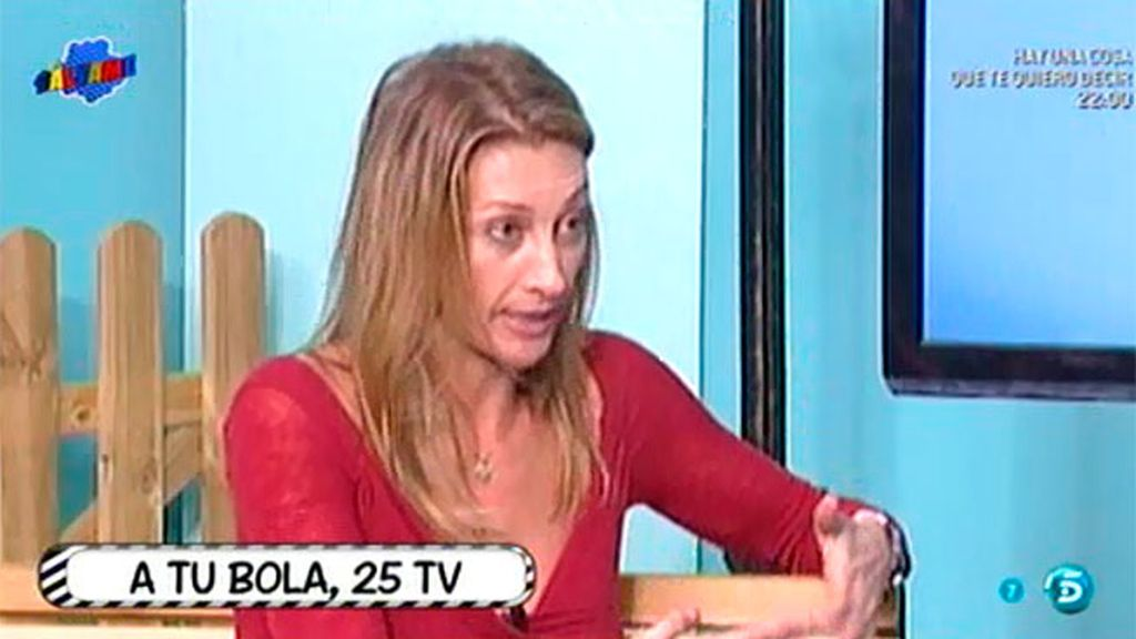 Mónica Pont arremete contra J.J.