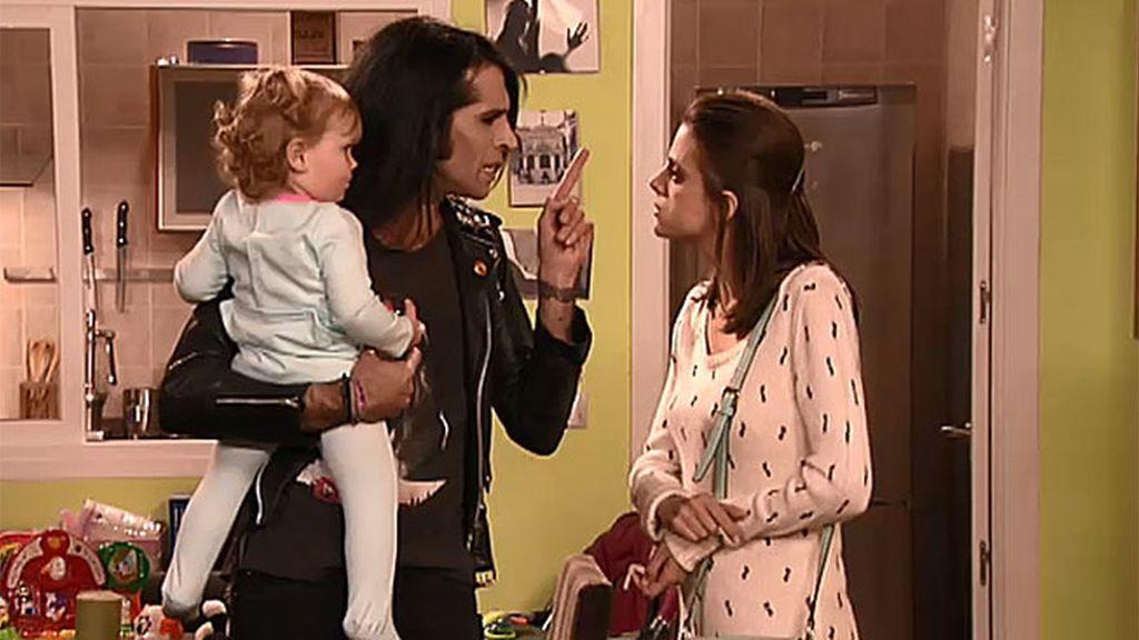"""Mario Vaquerizo, a Lola: """"Yo no soy canguro, soy representante de actores"""""""