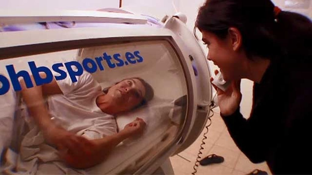 Descubrimos uno de los secretos de María: la cámara hiperbárica