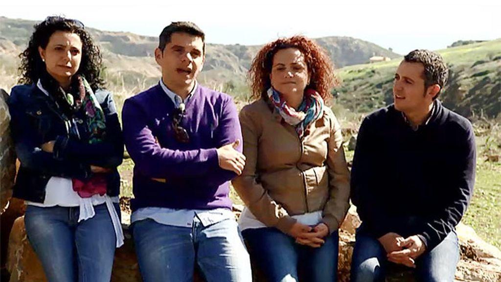 Sebastián, José, Ana y Paqui quieren montar un circuito de motocross en su pueblo
