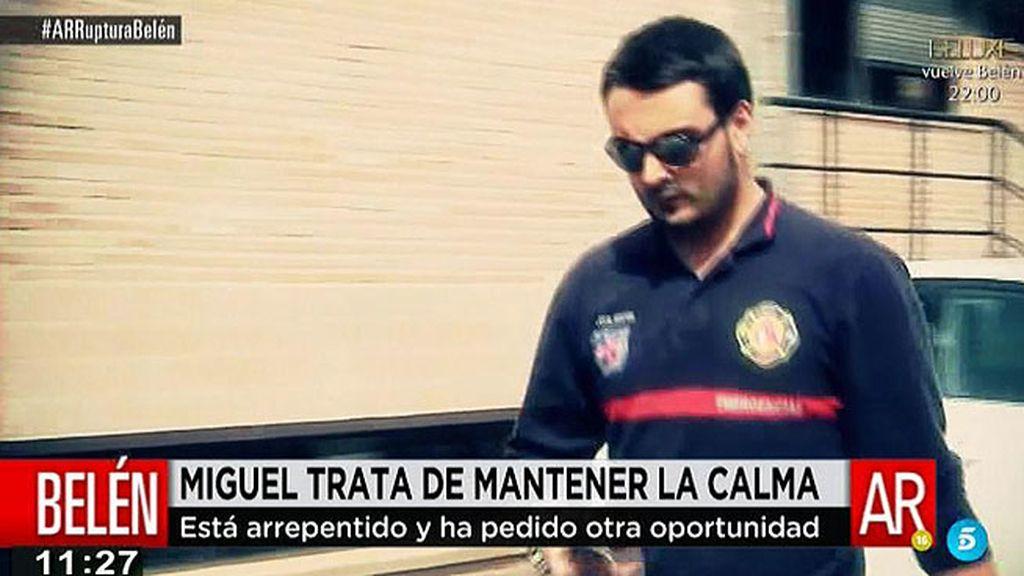 Miguel trata mantener la calma ante la prensa