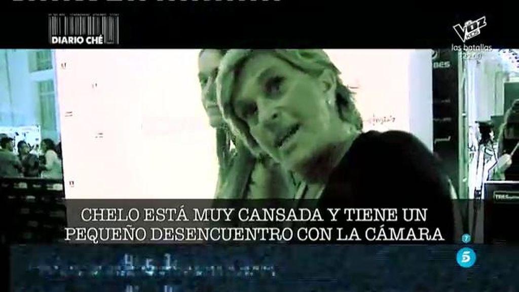 El desencuentro de Chelo con su cámara en la entrevista a C. M. Bordiú en 'Diario Che'