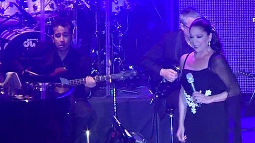 Kiko y Chabelita no arropan a Isabel Pantoja en su reaparición en los escenarios