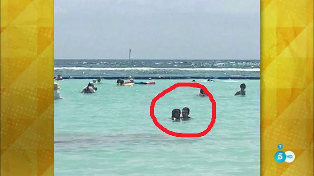 Chabelita y Alejandro disfrutando de sus vacaciones ¿en Cancún?