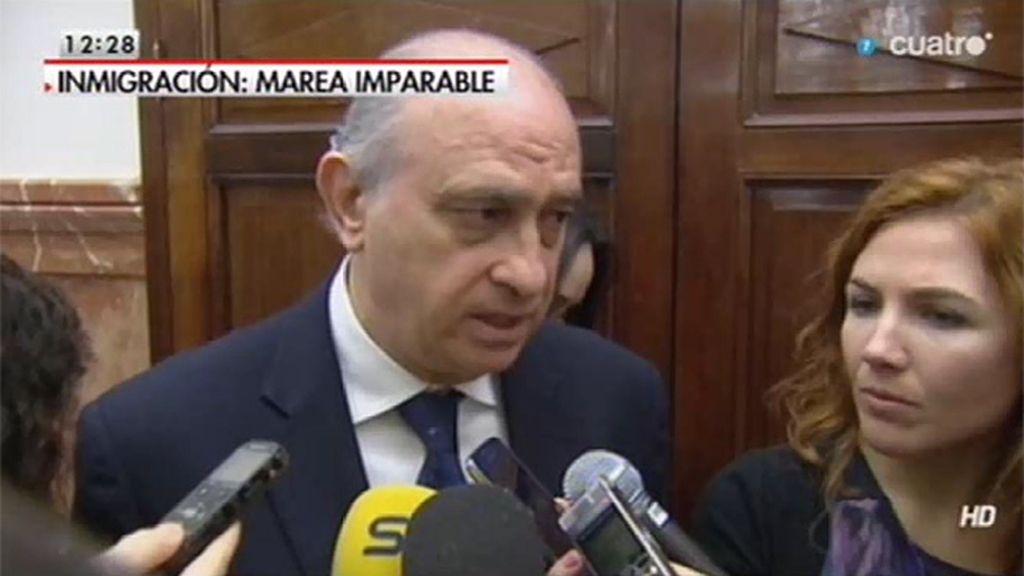 La reacción del Ministro ante las preguntas sobre las heridas provocadas por concertinas