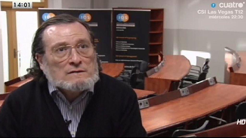 """Santiago Niño Becerra: """"Las familias están 'desahorrando' para llegar a fin de mes"""""""