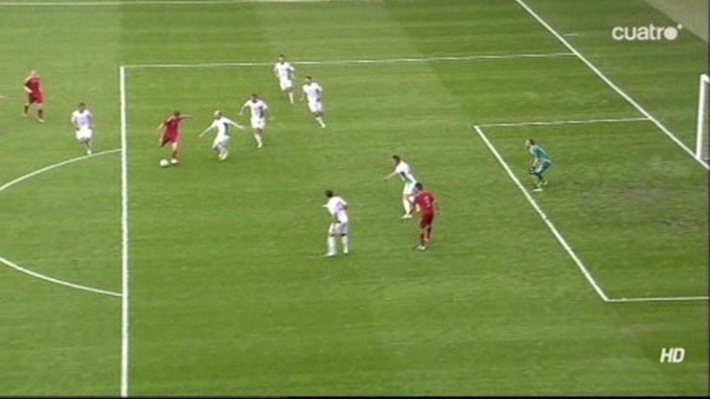 Gol bien anulado a Munir por fuera de juego