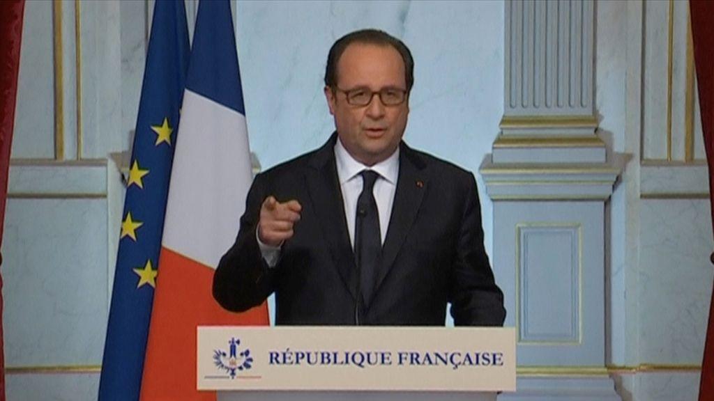 Hollande avisa que reforzará la lucha contra los terroristas en Irak y Siria