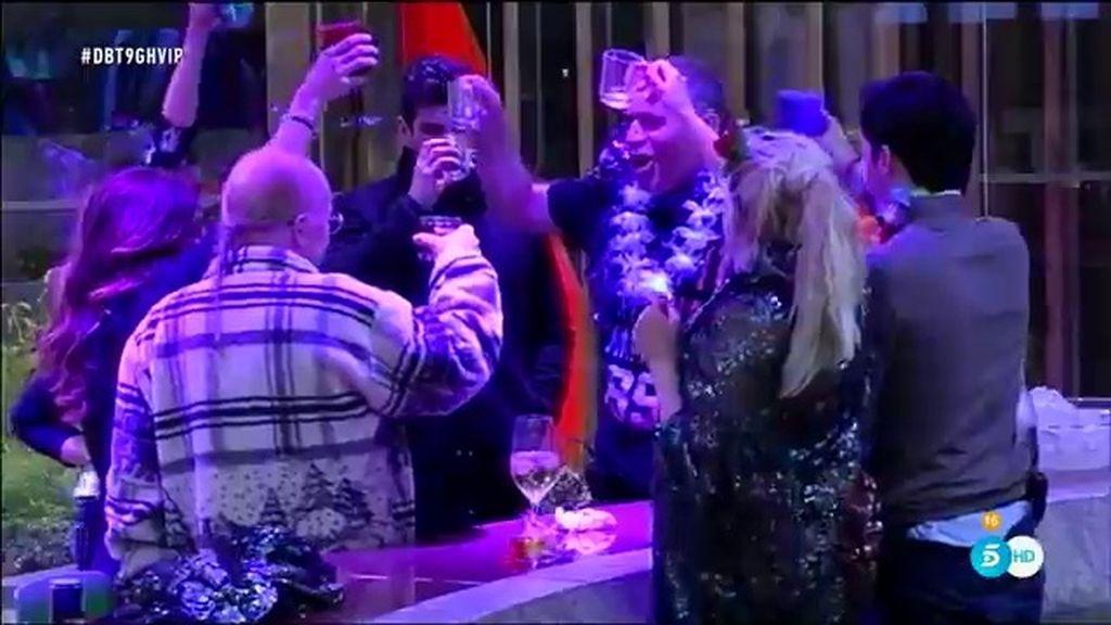 """Laura: """"Mi cumpleaños ha solucionado problemas, ahora somos 'chupipandi"""""""