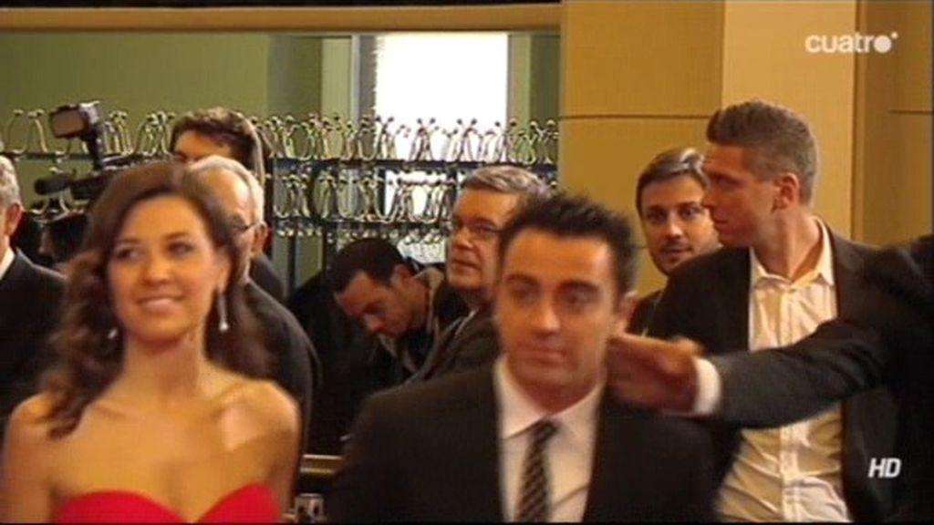 Ibrahimovic saluda a Xavi... ¡con una colleja!