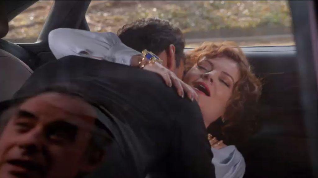 Adrian pilla 'in fraganti' a Tony y Evelyn