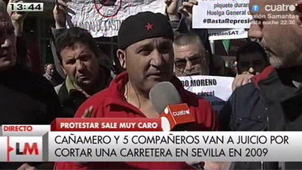 Cinco miembros del 'SAT' se enfrentan a penas de cárcel y multas  por manifestarse