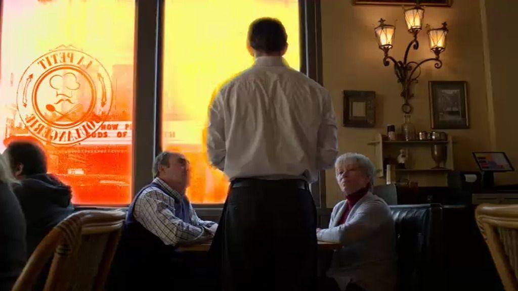 Una explosión en una cafetería alerta a los analistas de 'Mentes criminales'