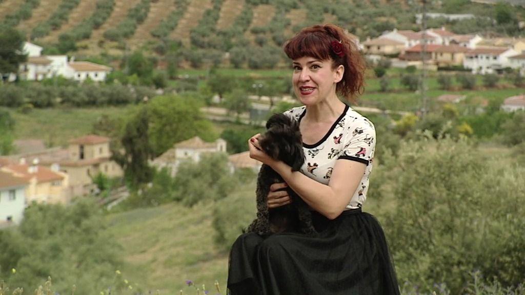 Carmen y Russia, dos pin-ups de campo modernas, este sábado en 'Amores Perros'