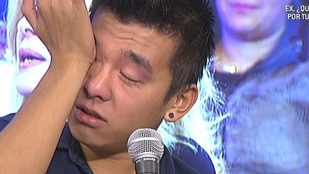 Yong Li se derrumba