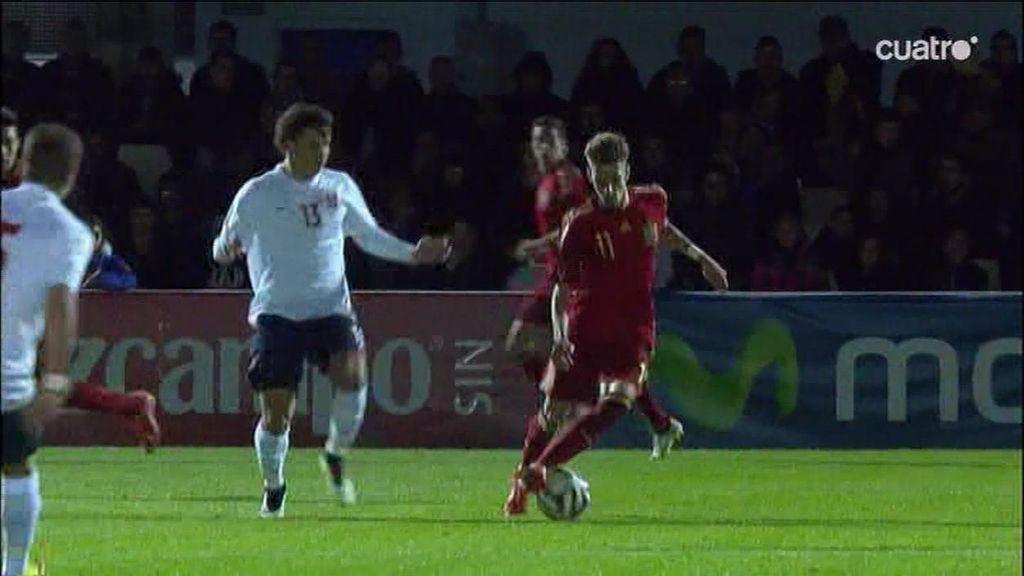 ¡Samu Castillejo hace 'la ruleta de Zidane' y Trondsen le caza con una entrada muy fea!