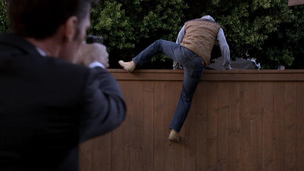 Hotch persigue al primer sospechoso