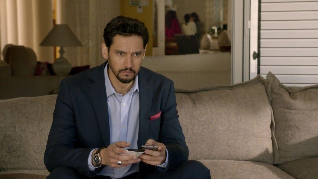 Khaled destapa el falso embarazo de Fátima