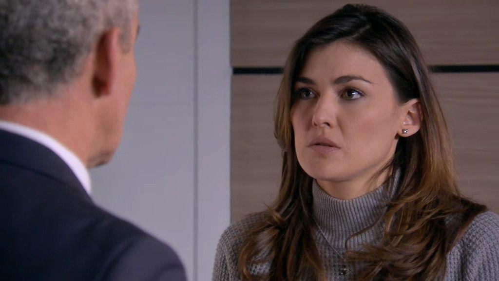 Natalia dimite para salvar el puesto de Sergio