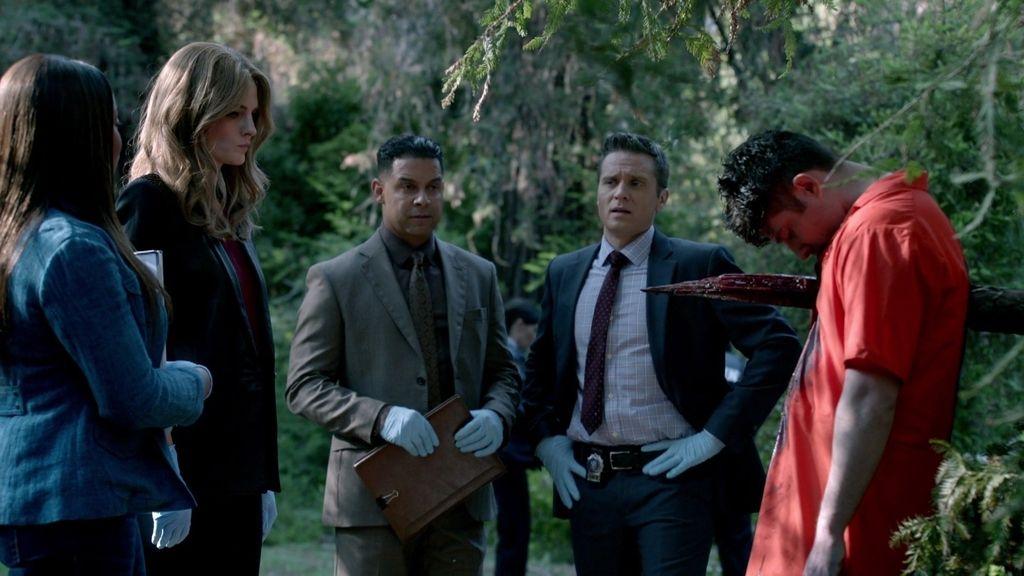Beckett: ¿Cómo aparece un convicto fugado muerto en medio de Central Park?