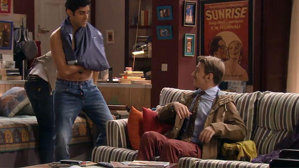 El striptease interruptus de Rodrigo a Irene