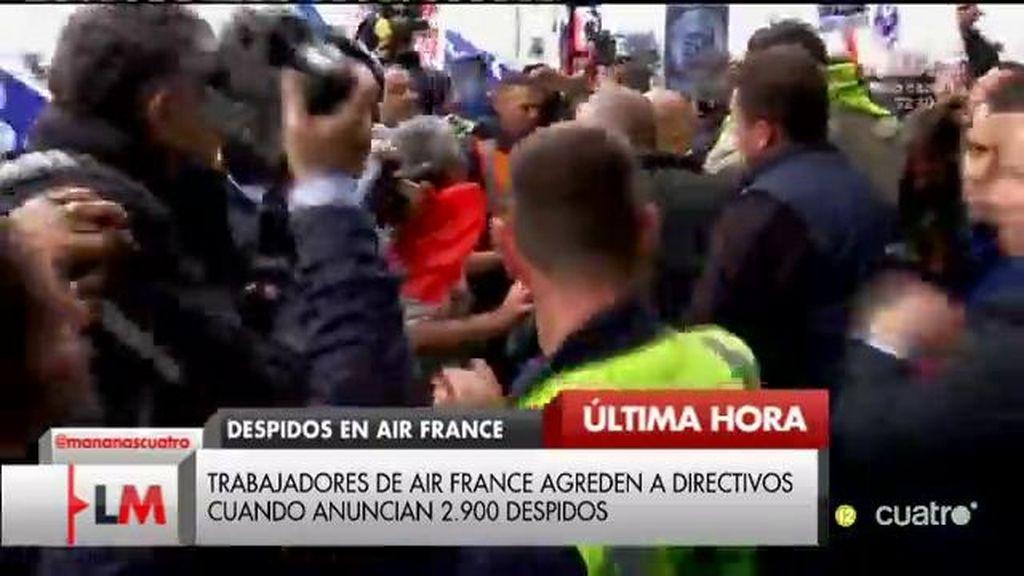 Los trabajadores de Air France agreden a directivos cuando anunciaban 2.900 despidos