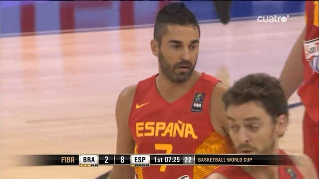 Navarro lanza a España con siete puntos en el primer cuarto ante Brasil