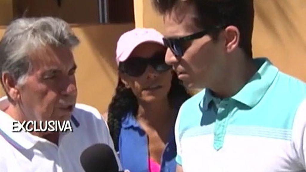 Manolo y Claudia se burlan de los rumores