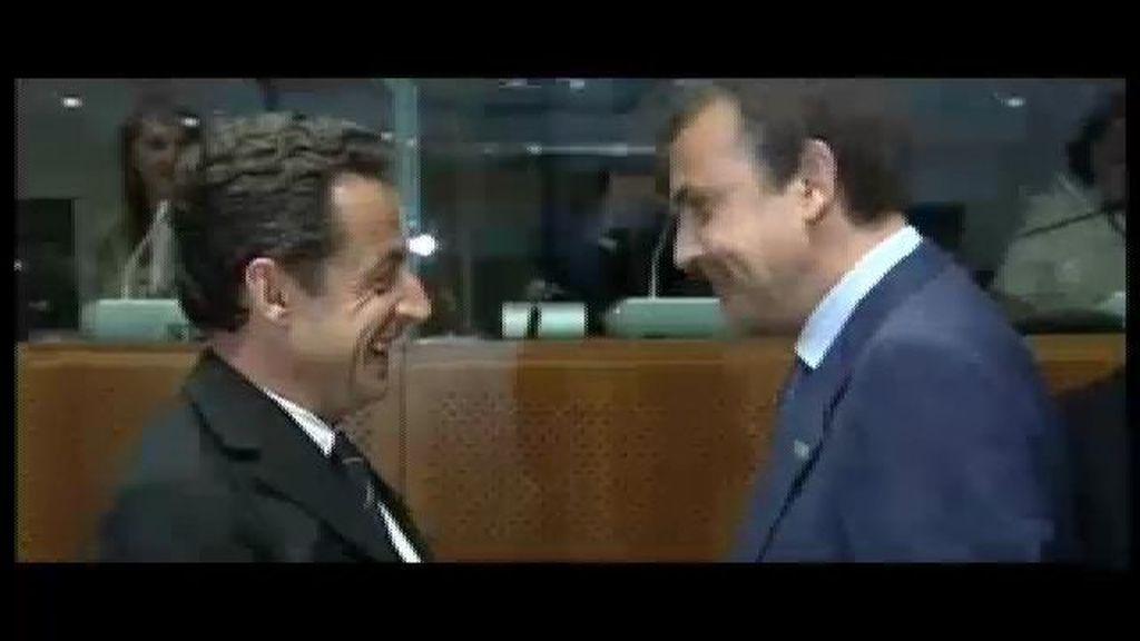"""Zapatero, tras los escarceos de Hollande: """"La vida del Rey tampoco ha sido muy privada"""""""