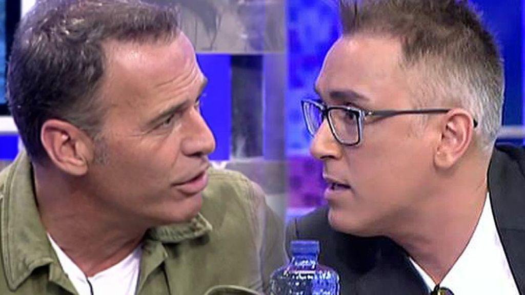 """Carlos Lozano, a Kiko Hernández: """"A callar, que estoy hablando yo"""""""