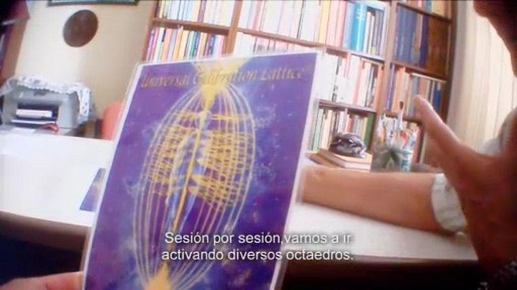 Un psicoterapeuta que asegura que en el interior de la Tierra hay vida