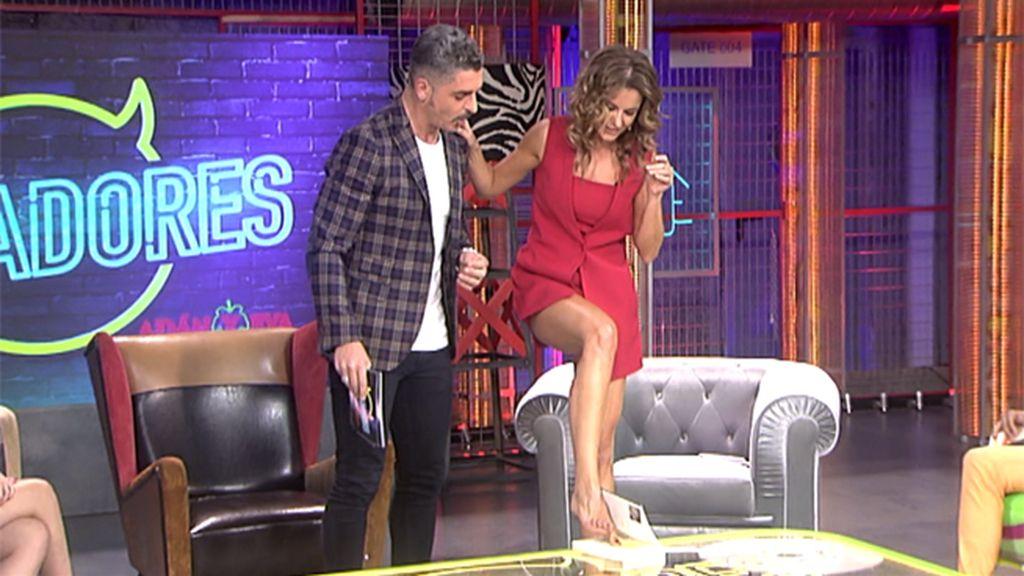 La presentadora sorprende con sus extrañas habilidades
