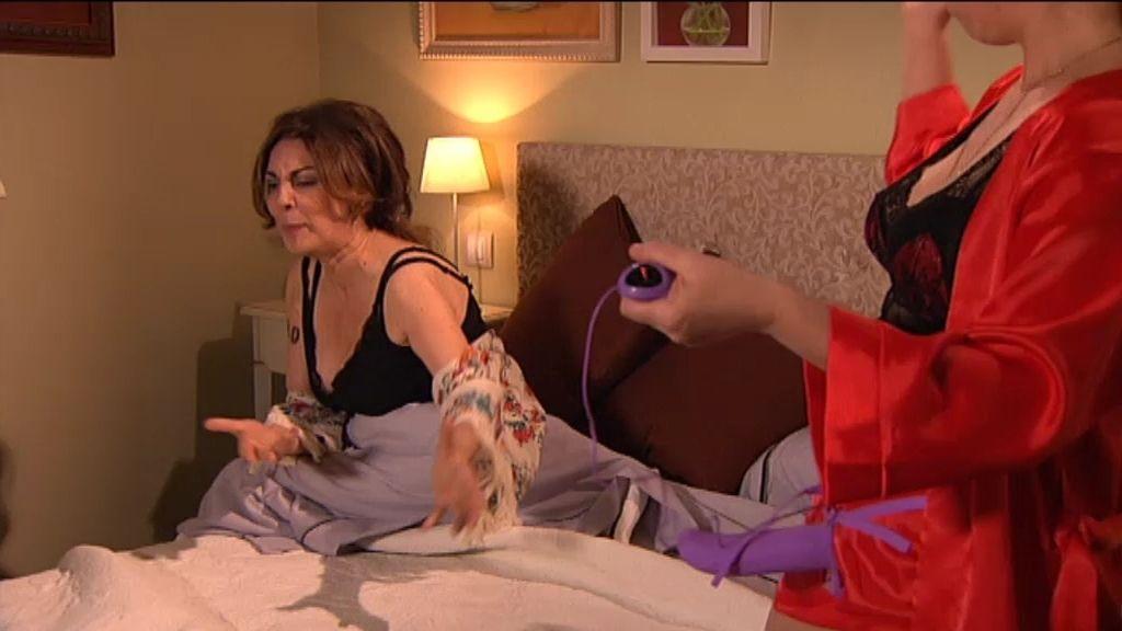 Berta saca su lado más varonil para tratar de enamorar a Araceli