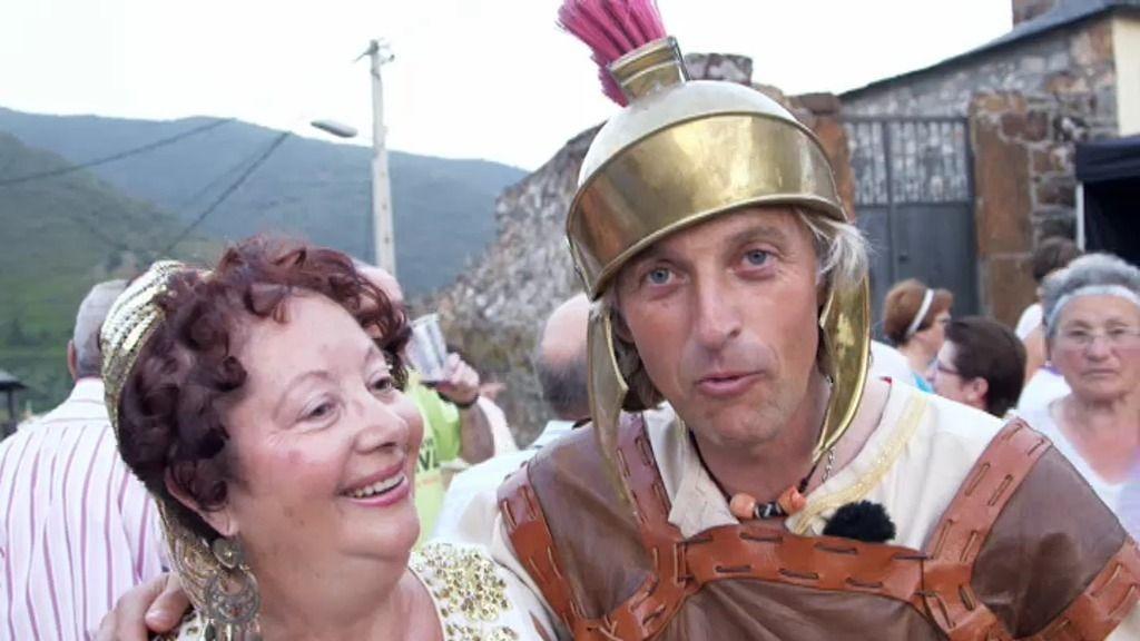 Una gran fiesta romana en Las Médulas... ¡con la madre de Calleja!