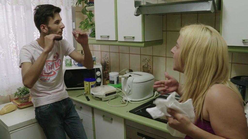 Manoli no perdona a Salva que la abandonara cuando estaba embarazada